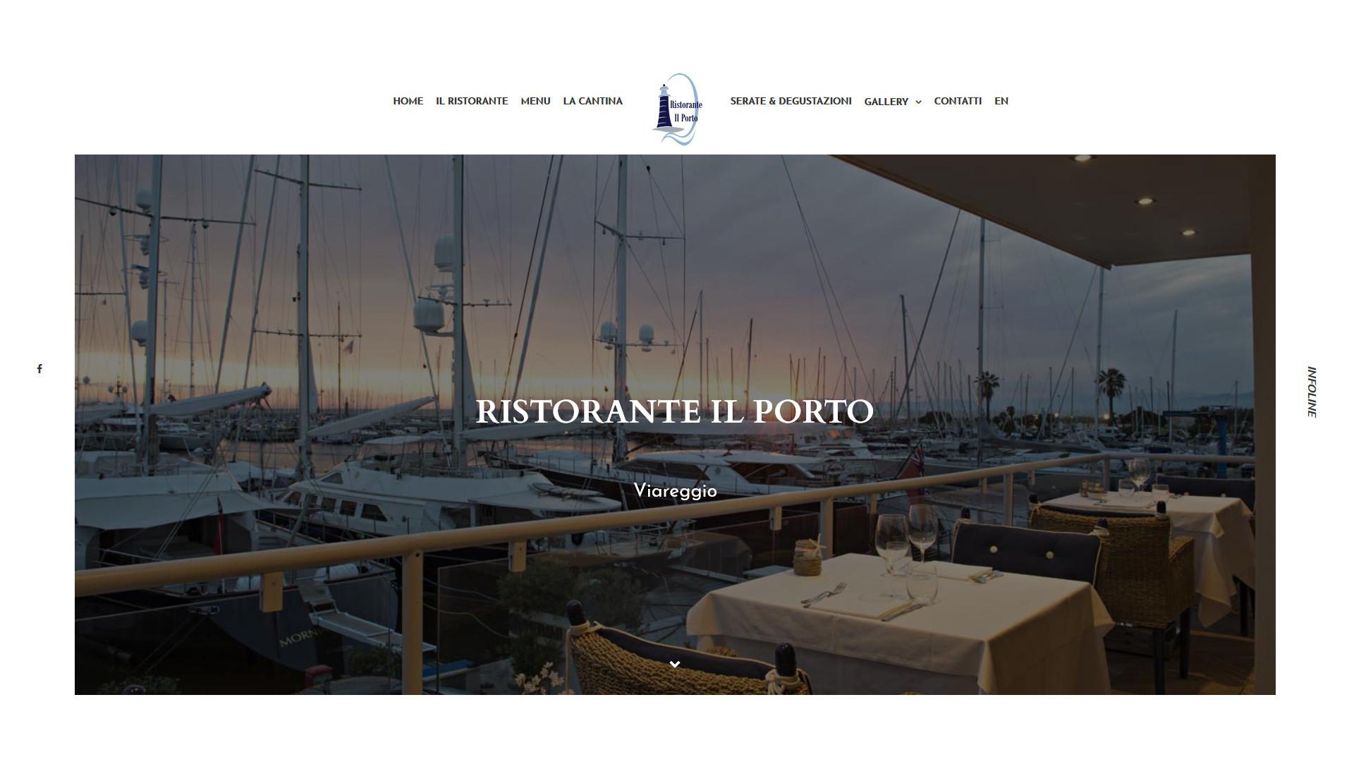 Terrazzo con tavolo apparecchiato del Ristorante Il Porto Viareggio con yacht  attraccati al molo